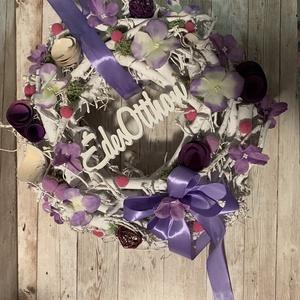Lila rőzse koszorú, Otthon & Lakás, Dekoráció, Ajtódísz & Kopogtató, Virágkötés, Tavaszi, rőzse alapra készült, lila virágos tavaszi ajtódísz. Különleges dísze minden lakásnak.\nA ko..., Meska