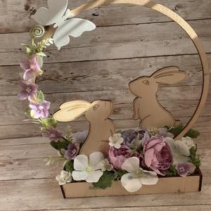 Nyuszis asztaldísz, Otthon & Lakás, Dekoráció, Asztaldísz, Virágkötés, Cuki nyuszis asztaldísz ideális dekorációja a húsvéti asztalnak. \nMéretei: kb 20cm széles és 30 cm m..., Meska