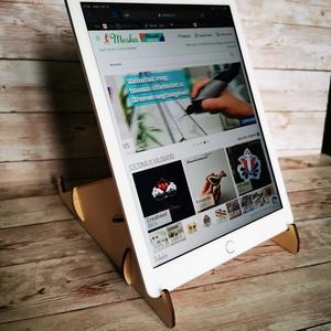 Tablet tartó, Táska & Tok, Laptop & Tablettartó, Famegmunkálás, Meska