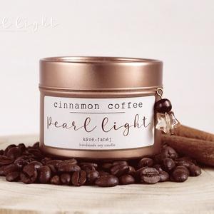 Cinnamon Coffee szójagyertya 100 ml, Otthon & Lakás, Dekoráció, Gyertya & Gyertyatartó, Gyertya-, mécseskészítés, Egy csepp fahéjjal megbolondított élénkítő kávé illatélménye.\n\n100% természetes szójaviasz, -illatol..., Meska