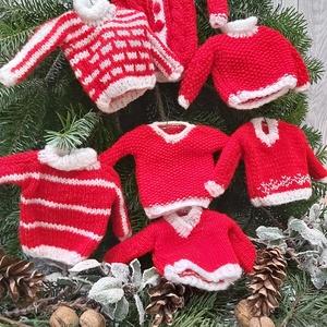 Skandináv kötött karácsonyfadísz szett, Otthon & Lakás, Karácsony & Mikulás, Karácsonyfadísz, Kötés, Egyedi kézzel kötött karácsonyfadíszek.\nPiros akrilfonalból kötöttem különböző téli ruhaneműket. Töb..., Meska