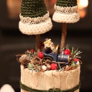 HORGOLT GRINCSFA adventi, karácsony, télii asztaldísz, dekoráció, Karácsony, Karácsonyi lakásdekoráció, Karácsonyfa, grincsfa, Virágkötés, Mindenmás, Meska