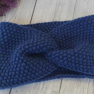 Petrol kék kötött fejpánt, fülmelegítő, Ruha & Divat, Női ruha, Kézzel kötött fülmelegítő. Kb.56_58cm -es fejbőségre Rendelésre más színben is elkészítem. Köszönöm ..., Meska