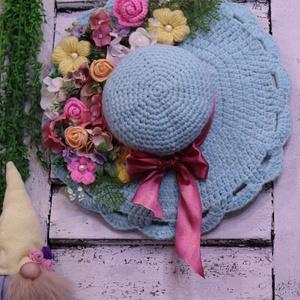Pasztel színek, Horgolt kalap, egyedi ajtódísz  - Meska.hu