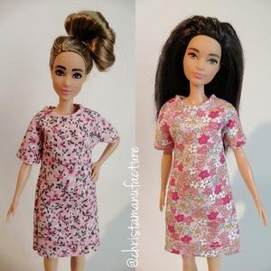 Barbie miniruha, Játék & Gyerek, Baba & babaház, Babaruha, babakellék, Varrás, Laza póló ruha, mely illik magyas, alacsony, normál Barbiera is.\nNézz körül a boltomban, 8000 Ft fel..., Meska