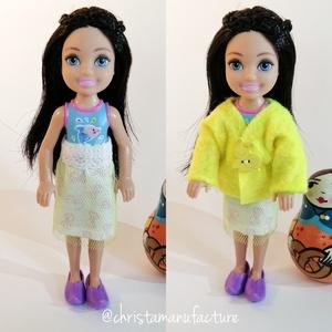 Barbie Chelsea ruha szett, Játék & Gyerek, Baba & babaház, Babaruha, babakellék, Varrás, Kabát és tüllös szoknya Barbie kishúga, Chelsea részére.\nA ruha illik más 13-14 cm magas babára is. ..., Meska