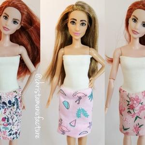Barbie ruha, Játék & Gyerek, Baba & babaház, Babaruha, babakellék, Varrás, Ujjatlan Barbie egyberuha, mely illik többféle babára is.\nVálassz hozzá cipőt is a boltomban. \nNézz ..., Meska