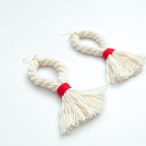 Kötél fülbevaló, Ékszer, Fülbevaló, Ékszerkészítés, Egyedi, kézzel készült különleges kötél fülbevaló. A fülbevaló 100% pamut kötélből  és gyapjú fonalb..., Meska