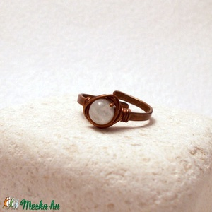 Szivárvány holdkő vörösréz gyűrű (PerAnnaEkszer) - Meska.hu