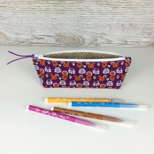 Mókus mintás tolltartó, Otthon & Lakás, Papír írószer, Tolltartó & Ceruzatekercs, Varrás, Aranyos, mókus mintás tolltartó, mely kb. 15-20 db normál méretű ceruza/toll/filctoll tárolására alk..., Meska