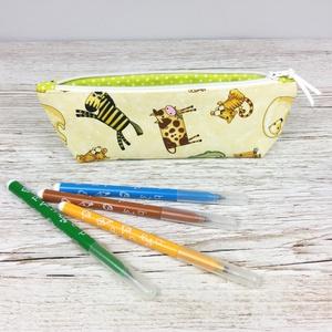 Állat mintás tolltartó, Otthon & Lakás, Papír írószer, Tolltartó & Ceruzatekercs, Varrás, Állat mintás tolltartó, mely kb. 15-20 db normál méretű ceruza/toll/filctoll tárolására alkalmas. Bé..., Meska