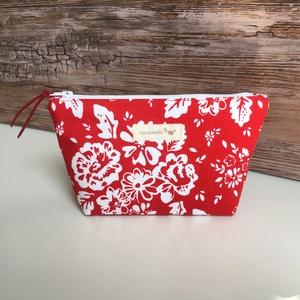 Piros fehér virágos neszesszer pedagógusnap, Táska & Tok, Neszesszer, Piros alapon fehér virágmintás neszesszer piperék, sminkek, mindennapi táskába való kellékek számára..., Meska