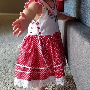 Piros pöttyös lányka ruha (peteryeva) - Meska.hu