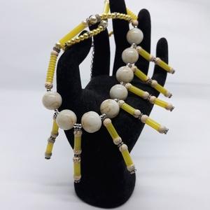 Napsugár nyaklánc, Bogyós nyaklánc, Nyaklánc, Ékszer, Ékszerkészítés, Újrahasznosított alapanyagból készült termékek, Ismét egy alkotás az újrahadznosítás jegyében. Ezt a nyakláncot szívószálak felhasználásával készíte..., Meska