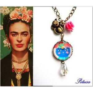 Frida Kahlo nyaklánc Cicás Macskás , Képzőművészet, Otthon & lakás, Ékszer, Nyaklánc, Ékszerkészítés, Gyöngyfűzés, gyöngyhímzés, Ugye milyen nagy a hasonlóság?\nFrida Kahlo ihlette nyakláncot készítettem, egy cica képében köszön v..., Meska