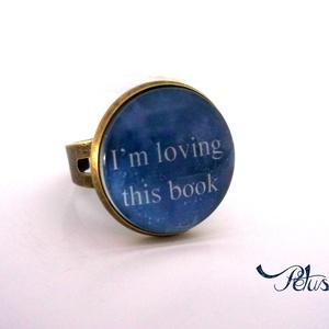 Gyűrű galaxis Könyves Könyvmoly Csillagos Üveglencsés, Ékszer, Gyűrű, Üveglencsés gyűrű, Ékszerkészítés, Könyvmolyoknak kötelező :D\nA könyvek illata ihlette ezt a gyűrűt..\nAz olvasás és a könyvek szerelmes..., Meska
