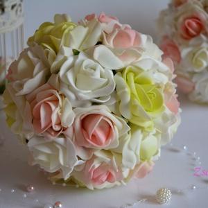 Csipkerózsika álma, Esküvő, Esküvői csokor, Krémfehér- színátmenetes pisztáciazöld és rózsaszín habrózsákból készült az örök ékszer elegánsan di..., Meska