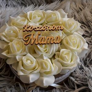 Mama Köszönöm virágbox, Szülőköszöntő ajándék, Emlék & Ajándék, Esküvő, Virágkötés, A romantikus kerek kézműves nagy virágboxot, élethű,örök  ekrü habrózsákkal raktam körbe. A virágbox..., Meska