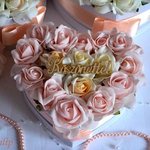 Szív örök közepes virágbox, Lakberendezés, Otthon & lakás, Asztaldísz, Esküvő, Meghívó, ültetőkártya, köszönőajándék, Virágkötés, Csodás virágbox egyedi szív formában élethű örök habrózsa szálakkal. Más színű habrozsával is kérhet..., Meska