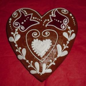 Tulipános szív, Édesség, Élelmiszer, Mézeskalácssütés, Mézeskalácsból készült hagyományos forma. Kiváló ajándék minden alkalomra. Feliratozást lehet kérni...., Meska