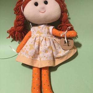 Narancs-Pötyi baba, Gyerek & játék, Gyerekszoba, Játék, Baba játék, Varrás, Narancs-Pötyi baba: textilből készült játékbaba, a ruhája levehető, öltöztethető, a haja fonalból ké..., Meska