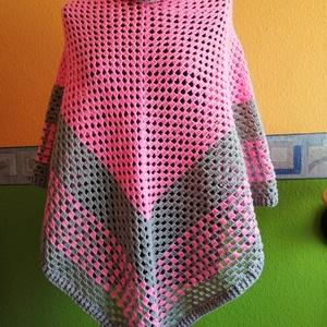 Poncsó... a rózsaszín kedvelőinek :) , Ruha & Divat, Női ruha, Poncsó, Minőségi akril fonálból horgolt poncsó. Nagyon szép szinek, vidámságot, melegséget ad. :) Mindenkor ..., Meska