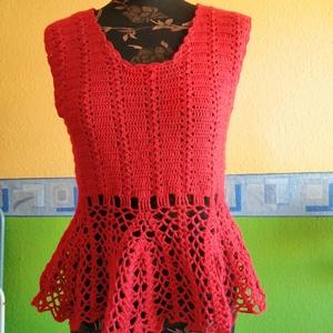 Piros nyári top, Ruha & Divat, Női ruha, Top, Horgolás, Szép mintával horgolt top, pamut+akril fonálból.\nEbben biztos észre vesz mindenki :) \nKellemes nyári..., Meska