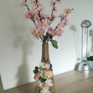 Virággal díszített váza  - Meska.hu