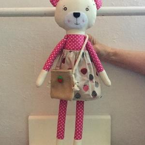 Ella maci, öltöztethető (pillenyek) - Meska.hu