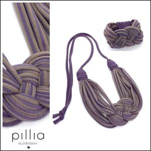 Lila -beige csíkos KNOTS textilékszer szett, Ékszerszett, Ékszer, Ékszerkészítés, Újrahasznosított alapanyagból készült termékek, A szett újrahasznosított termék.  Csomóval díszített a nyaklánc és a karkötő.\nA nyakbavaló hossza (k..., Meska