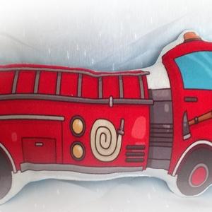 Tűzoltó Forma Párna, Játék & Gyerek, Plüssállat & Játékfigura, Autó & Motor, Varrás, Pihe-puha polár anyagból varrom ezeket az édes párnácskákat, hogy a picurok kedvenc alvós játékává v..., Meska