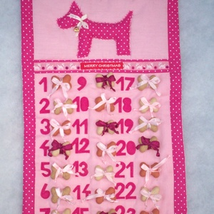Adventi naptár kutyának, Állatfelszerelések, Lakberendezés, Otthon & lakás, Karácsony, Ünnepi dekoráció, Dekoráció, Kutyafelszerelés, Adventi naptár, Varrás, Adventi naptár kislány kutyusoknak.\nA rózsaszín naptárra 24 db / 3x8 / jutalomfalatot köthetünk szat..., Meska