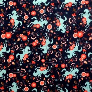 Egyedi sötétkék szines virág és ló mintás - kiskamasz - textil szájmaszk - egészségügyi szájmaszk - mosható szájmaszk (Pindiart) - Meska.hu
