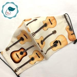 Férfi gitáros maszk -  egyedi arcmaszk - textil szájmaszk - egészségügyi szájmaszk - mosható maszk (Pindiart) - Meska.hu