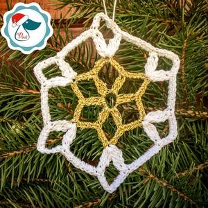 Egyedi 5db horgolt arany,fehér hópihe -  karácsonyfa dísz - karácsonyi ajándék - Ablak dísz (Pindiart) - Meska.hu