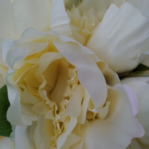 Krémszínű rózsás menyasszonyi csokor (PinkPoppy) - Meska.hu