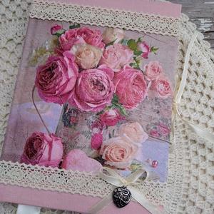 Rózsás vintage emlékkönyv, Könyv, Papír írószer, Otthon & Lakás, Decoupage, transzfer és szalvétatechnika, Könyvkötés, Dekupázs technikával készült notesz, emlékkönyv, napló vagy szakácsköny, receptgyűjtemény.\nMérete: 2..., Meska