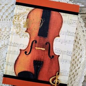Hegedűs emlékkönyv, Naptár, képeslap, album, Otthon & lakás, Jegyzetfüzet, napló, Dekoráció, Lakberendezés, Decoupage, transzfer és szalvétatechnika, Könyvkötés, Dekupázs technikával készült notesz, emlékkönyv, napló.\nMérete: 20.5 x 14,6 (A5)\nA kemény fedelű a b..., Meska