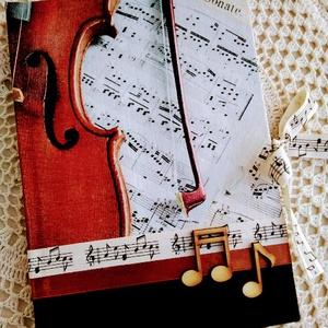 Hegedűs álma emlékkönyv, Könyv, Papír írószer, Otthon & Lakás, Decoupage, transzfer és szalvétatechnika, Könyvkötés, Dekupázs technikával készült notesz, emlékkönyv, napló.\nMérete: 20.5 x 14,6 (A5)\nA kemény fedelű a b..., Meska