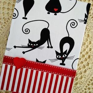 Piros csíkos fekete cicás napló, Otthon & Lakás, Jegyzetfüzet & Napló, Papír írószer, Decoupage, transzfer és szalvétatechnika, Könyvkötés, Meska