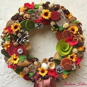 Őszi  kopogtató  (22 cm) KÉSZTERMÉK, Otthon & lakás, Dekoráció, Lakberendezés, Ajtódísz, kopogtató, Virágkötés, Őszi kopogtató  fa szeletekkel,  apró tobozokkal,  mahagony szeletekkel, bükk termésekkel, selyemvir..., Meska