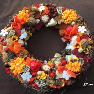 Őszi kopogtató  (27 cm) KÉSZTERMÉK, Otthon & lakás, Dekoráció, Lakberendezés, Ajtódísz, kopogtató, Virágkötés, Kicsit bohókás, kócos őszi hangulatú kopogtató  gyönyörű színösszeállításban saját készítésű filc vi..., Meska