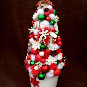 KIS KARÁCSONYFA (31 cm) KÉSZTERMÉK, Karácsony, Karácsonyi dekoráció, Otthon & lakás, Dekoráció, Ünnepi dekoráció, Lakberendezés, Virágkötés, Mindenmás, Kis karácsonyfa kerámia kaspóban díszgömbökkel,  dekor bogyókkal, zsenilia golyókkal, karácsonyfadís..., Meska