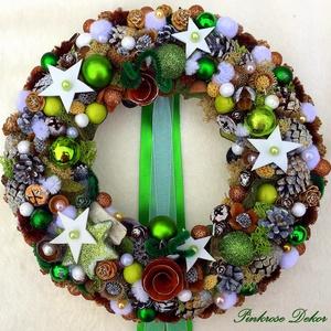 KARÁCSONYI kopogtató ZÖLD (29-30 cm) KÉSZTERMÉK, Otthon & lakás, Dekoráció, Ünnepi dekoráció, Karácsony, Lakberendezés, Ajtódísz, kopogtató, Virágkötés, Mindenmás, Ünnepváró kopogtató zöld-ezüst-fehér színvilágban natúr és színezett termésekkel, dekor bogyókkal, k..., Meska