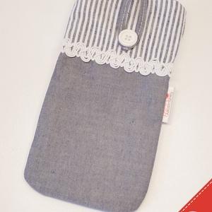 Utolsó darab - Farmer hatású bélelt, textil telefontok, Telefontok, Pénztárca & Más tok, Táska & Tok, Varrás, Ez a farmer hatású, csipkés telefontok pamut vászonból készült, vékony közbéléssel. Gombbal záródó, ..., Meska