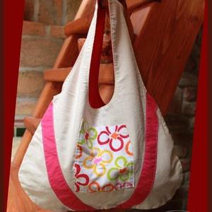 Kifordítom-befordítom vidám nyári táska, Táska, Divat & Szépség, Táska, Szatyor, Mindkét oldalán használható táska, fehér, rózsaszín és virágmintás színvilágú pamutvászonból. A tásk..., Meska