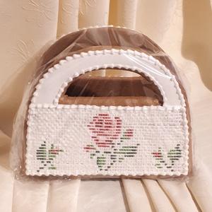 Goblen mintás táska mézeskalácsból, Esküvő, Meghívó, ültetőkártya, köszönőajándék, Nászajándék, Otthon & lakás, Dekoráció, Ünnepi dekoráció, Anyák napja, Mézeskalácssütés, Kerámia, Élelmiszernek nem minősülő, mézeskalácsból készült ajándéktárgy. Egészségre káros anyagot nem tartal..., Meska