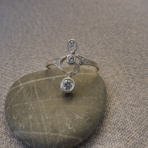 antik stílusú ezüst gyűrű  (piroekszer) - Meska.hu
