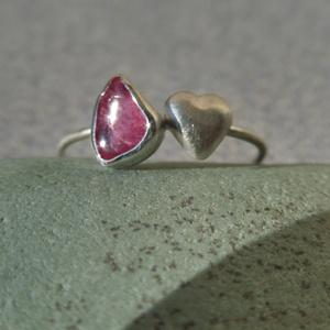 ezüst szív-turmalin gyűrű (piroekszer) - Meska.hu