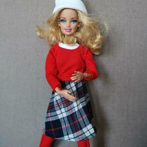 Barbie babaruha piros felső kockás szoknya, Játék & Gyerek, Baba & babaház, Babaruha, babakellék, Varrás, Piros, puha, meleg felsőrész és kockás plisszészoknya, egyben lehet feladni a babára. A kollekció ké..., Meska